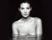 Monica Bellucci - Wallpapers - Picture 66 - 1024x768