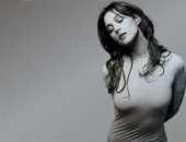 Monica Bellucci - Wallpapers - Picture 102 - 1024x768
