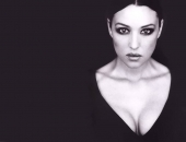 Monica Bellucci - Wallpapers - Picture 101 - 1024x768