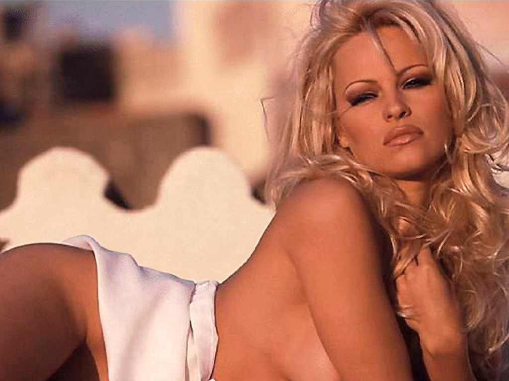 Pamela anderson sexy pussy photos