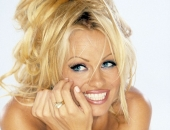 Pamela Anderson - Wallpapers - Picture 66 - 1024x768