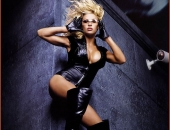 Pamela Anderson - Picture 161 - 700x913