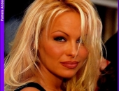 Pamela Anderson - Picture 170 - 587x768