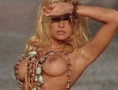 Pamela Anderson - Picture 164 - 298x397