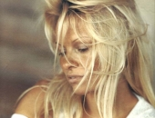 Pamela Anderson - Picture 160 - 800x1076