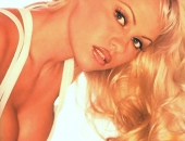 Pamela Anderson - Wallpapers - Picture 43 - 1024x768
