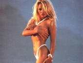 Pamela Anderson - Picture 4 - 291x400