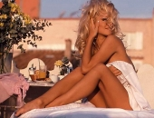 Pamela Anderson - Wallpapers - Picture 6 - 1024x768