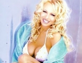 Pamela Anderson - Picture 7 - 230x350