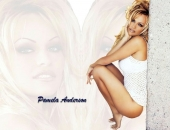 Pamela Anderson - Wallpapers - Picture 152 - 1024x768