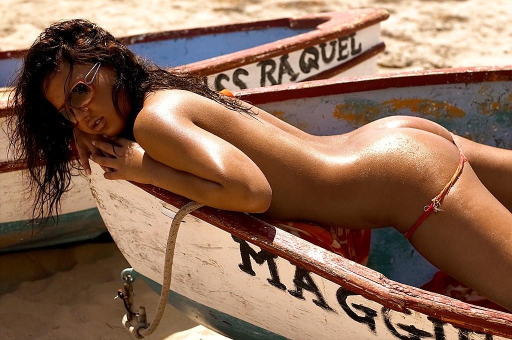 Raquel gibson nude photo