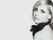 Sarah Michelle Gellar - Wallpapers - Picture 22 - 1024x768
