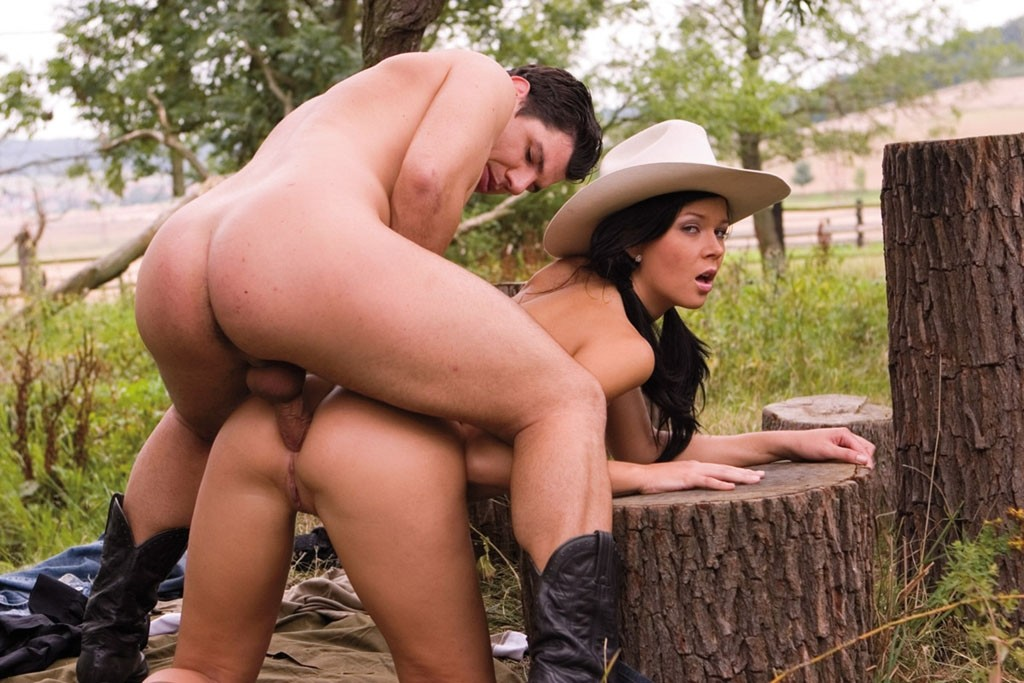Pornstar Dasha Naked Pictures