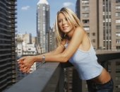 Tara Reid - Wallpapers - Picture 68 - 1024x768