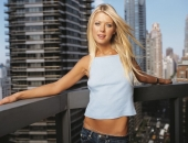 Tara Reid - Wallpapers - Picture 67 - 1024x768