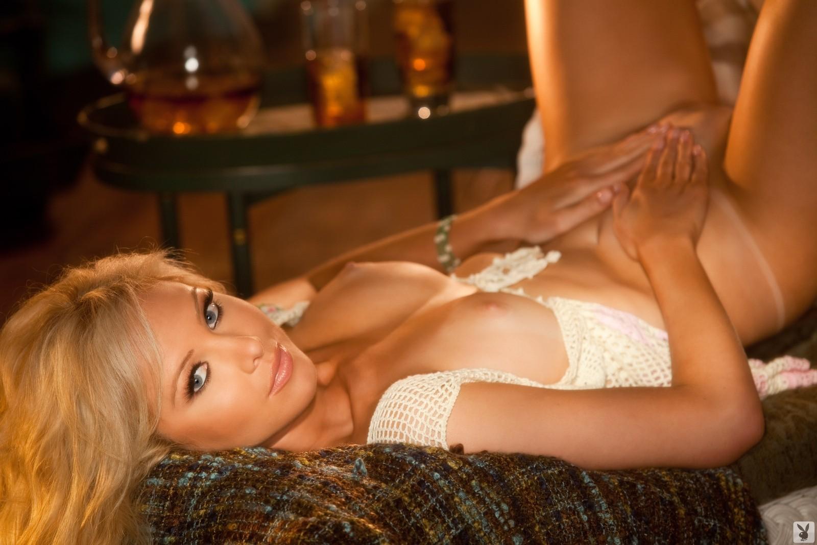 tiffany-hall-nude