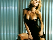 Tricia Helfer - Picture 28 - 975x1377