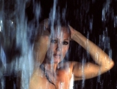 Ursula Andress - Picture 5 - 530x800