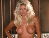 Victoria Silvstedt - Picture 41 - 486x720