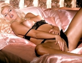 Victoria Silvstedt - Picture 5 - 720x486