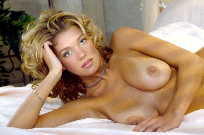 Sexy naked heather locklear #10