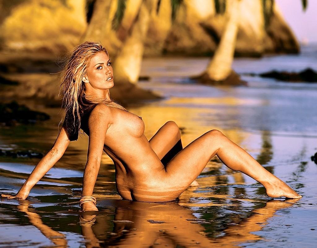 Ford nude picture villa